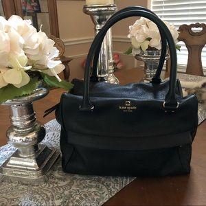 Lovely Kate Spade Handbag ♠️